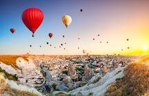 Hot-air Ballooning in Cappadoccia, Turkey