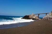 Uzunkum Beach