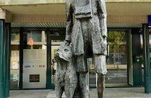 Statue Patrasche and Nello in Hoboken