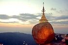 Kyaiktiyo Stupa