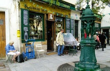 The Shakespeare and Company Café