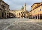 Strolling through Ascoli