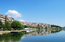 Visit the lake of Kastoria