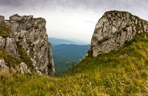 Dry Mountain / Suva Planina