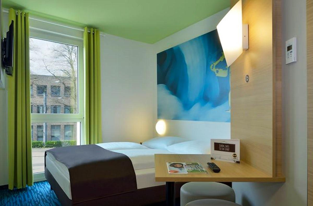 Visit B B Hotel Krefeld