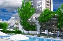 Hrazdan hotel & pool