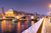 Walk the River Seine in the Snow