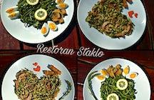 Taste local gastronomy at Restoran Staklo
