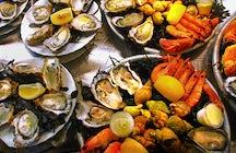 """Eat seafood in taverna-ouzeri """"Mpalaouro"""""""