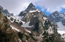 Očnjak peak (2185 m)