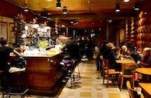 Café Central - Brussels Live Music & Dive Bar