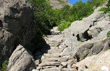 Torghatten path