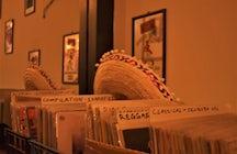 Vinilyo Record Store Cafè Bar