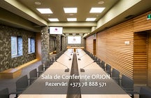 Jolly Alon Hotel & Business Center