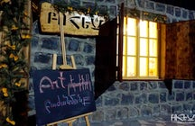 """Bohem"" studio-tea house"