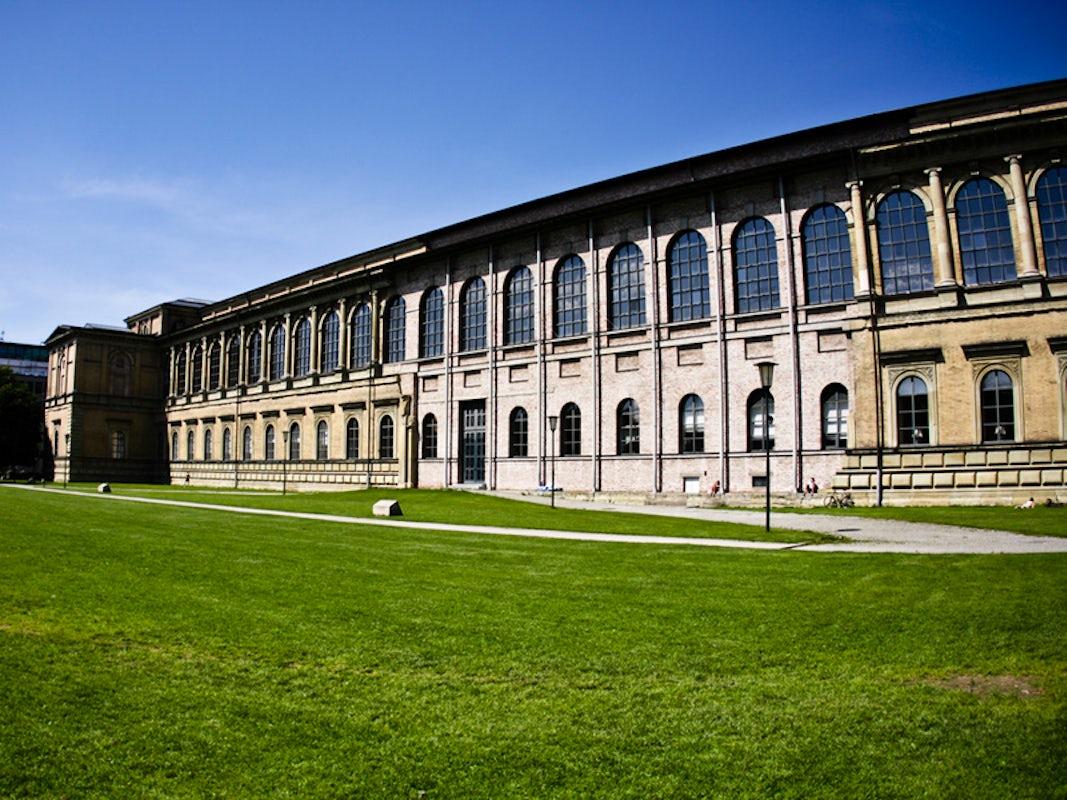 Visit Alte Pinakothek