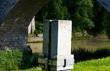Röstigraben Monument