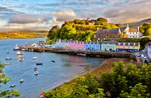 Portree, starting point to explore the Isle of Skye