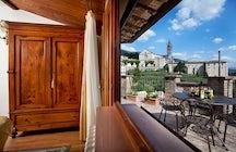 Residenza d'Epoca San Crispino Historical Mansion