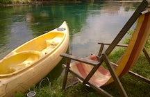 Boat tour of Buna River Spring