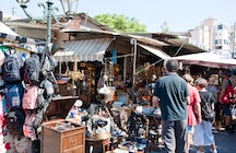 The Sunday Flea Market