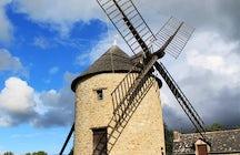 The Moulin du Tertre, Mont-Dol