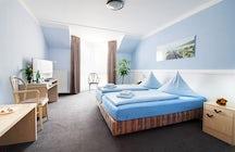 Hotel Zum Eisenhammer Telefon: 0208 850970