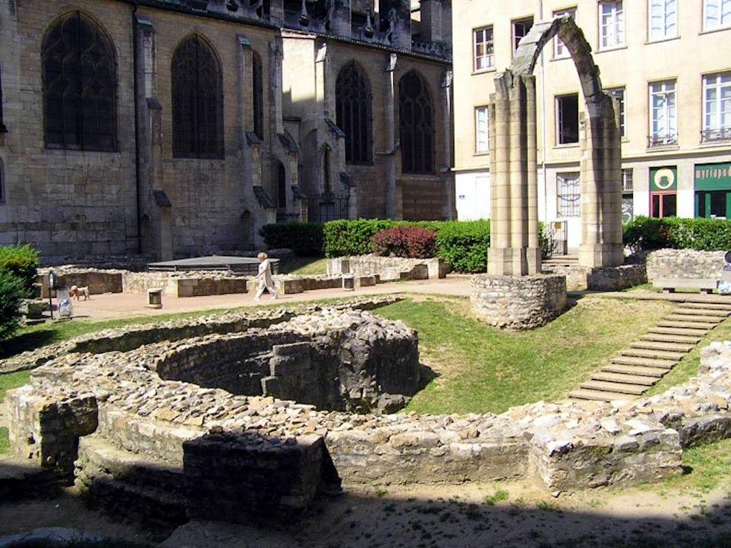 Visit Jardin archéologique Saint-Jean de Lyon