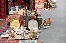 Vernissage - Lviv market (Souvenir Fair)