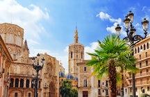 Walk through the Plaza and visit Catedral de Santa Maria de Valencia