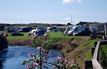 Riverside Camping & Caravan Park