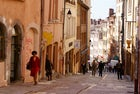 Climb the hill and discover the district of Croix-Rousse
