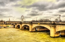 The Pont de la Concorde, Paris