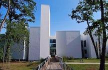 Agora Science Adventure Center