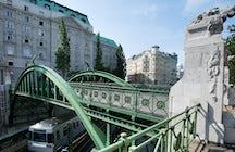 Zollamtssteg bridge Vienna
