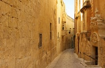 Wandering in the small streets of Mdina, Malta
