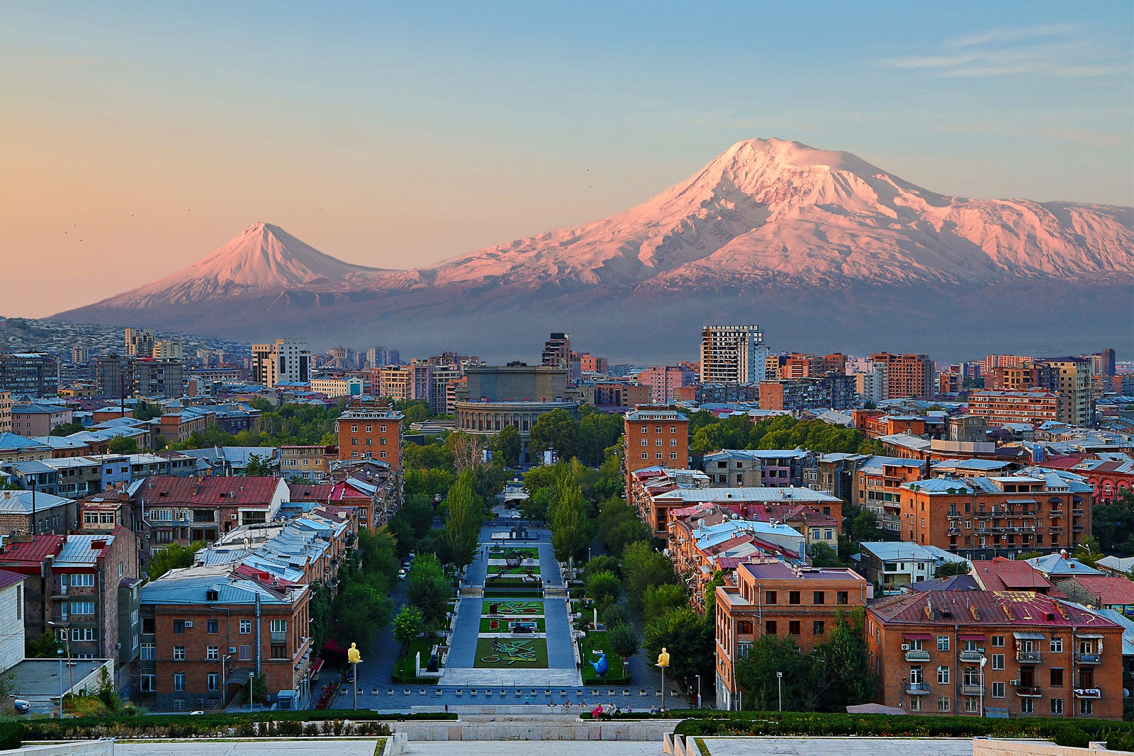 !i18n:en:data.cities:yerevan.picture.caption