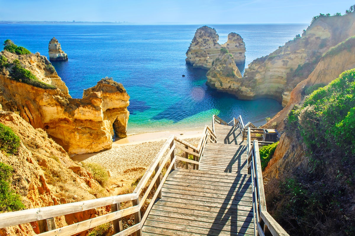 The last hidden gems in Algarve