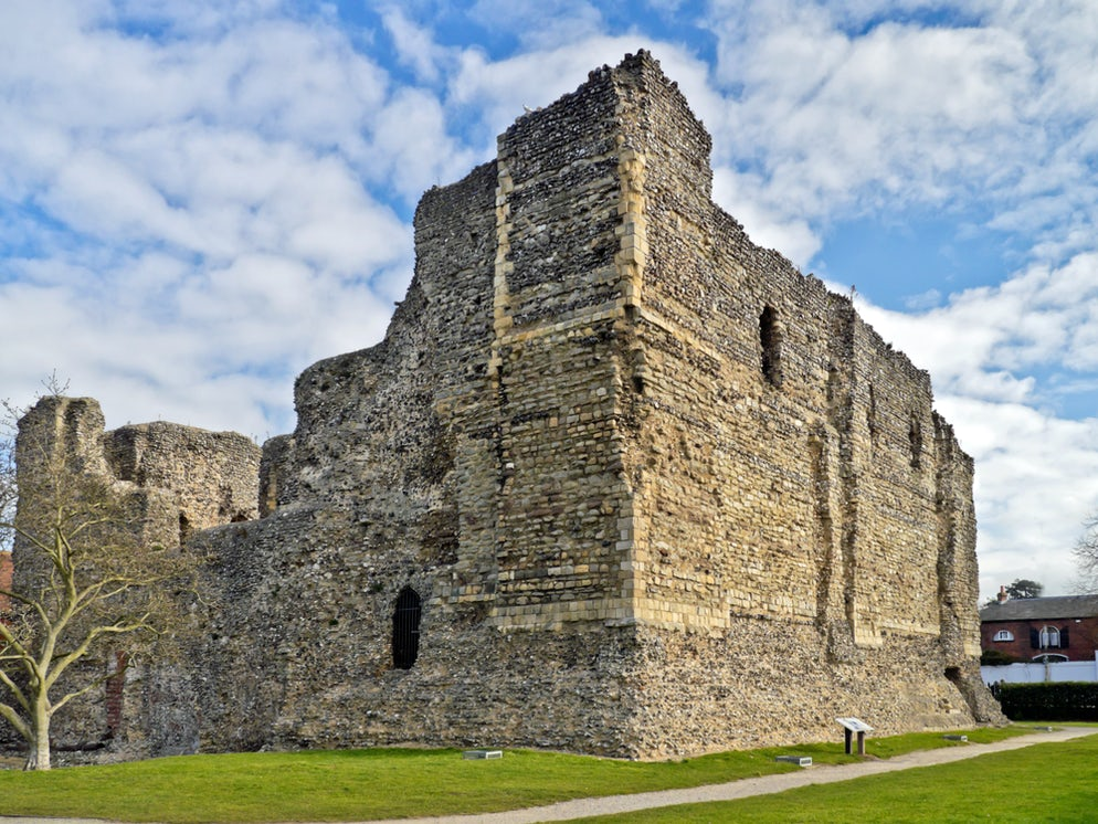 © CBCK-Christine (Ruins of Canterbury Castle, built by the Normans)
