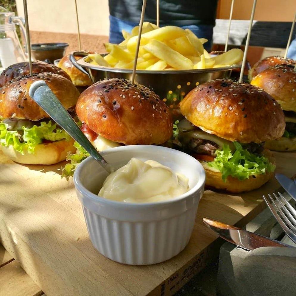 Photo  © credits to Facebook/coburg.restaurant
