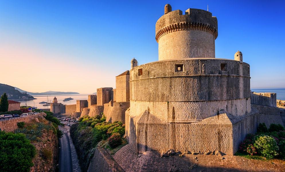 Mura di Dubrovnik e della torre Minčeta senza rivali