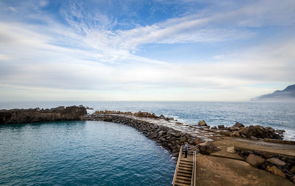 The blue pools near Seixal.