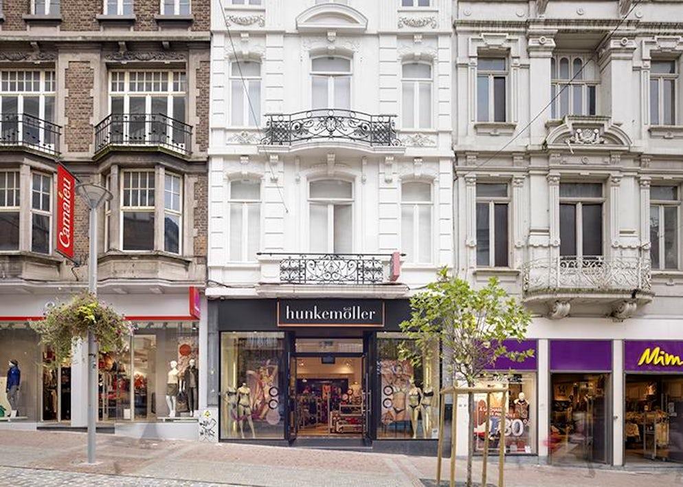 Shops in the street of the Mountain (Rue de la Montagne)