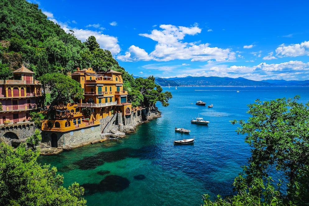 ©Istock/freeartist Cinque Terre, La Spezia, Italy