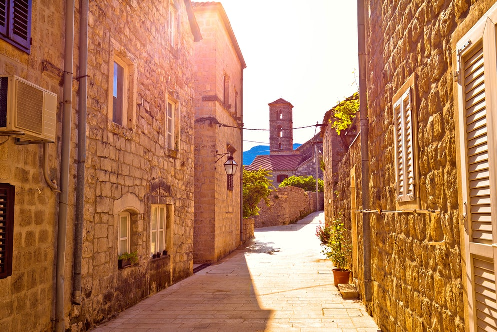 Street in Ston; Photo © credits: xbrchx