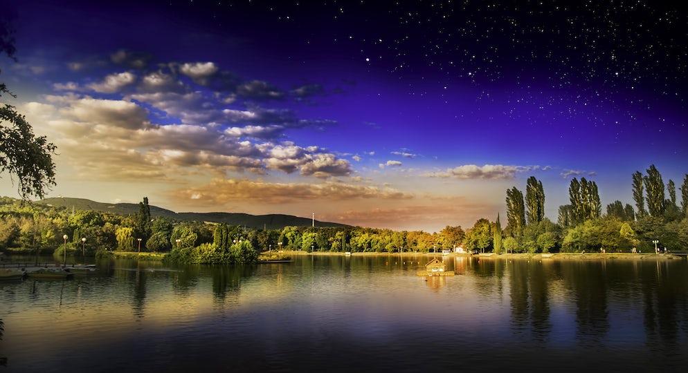 Photo © credits to iStockphoto/stephanov