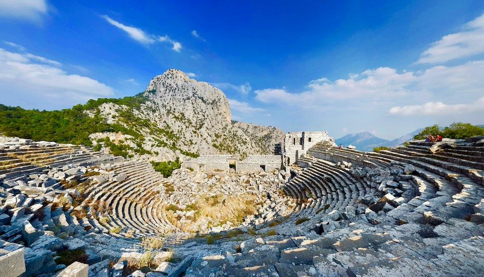 Najlepsze 5 starożytnych miast, które musisz zobaczyć w