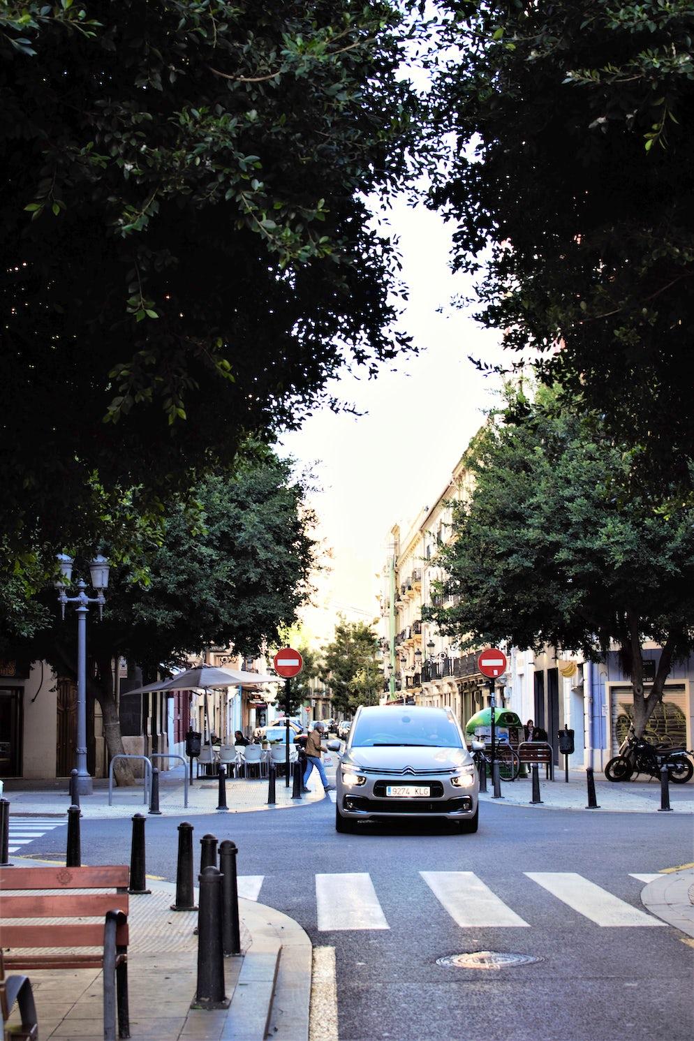 Street in Ruzafa - Photo credit @ Joe Thorpe