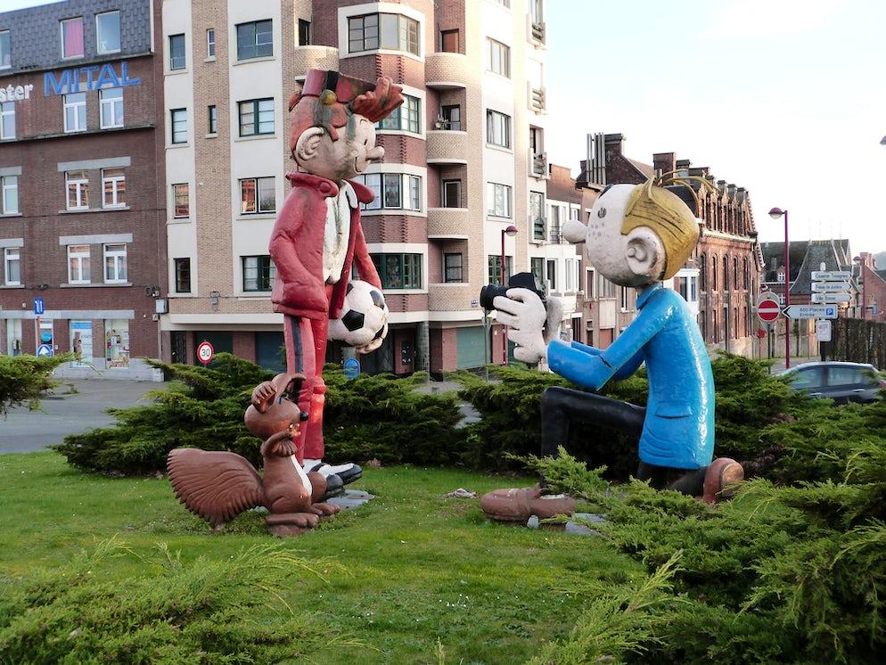 Statues of Spirou&Fantasio in Charleroi © To Wikipédia/Jmh2o