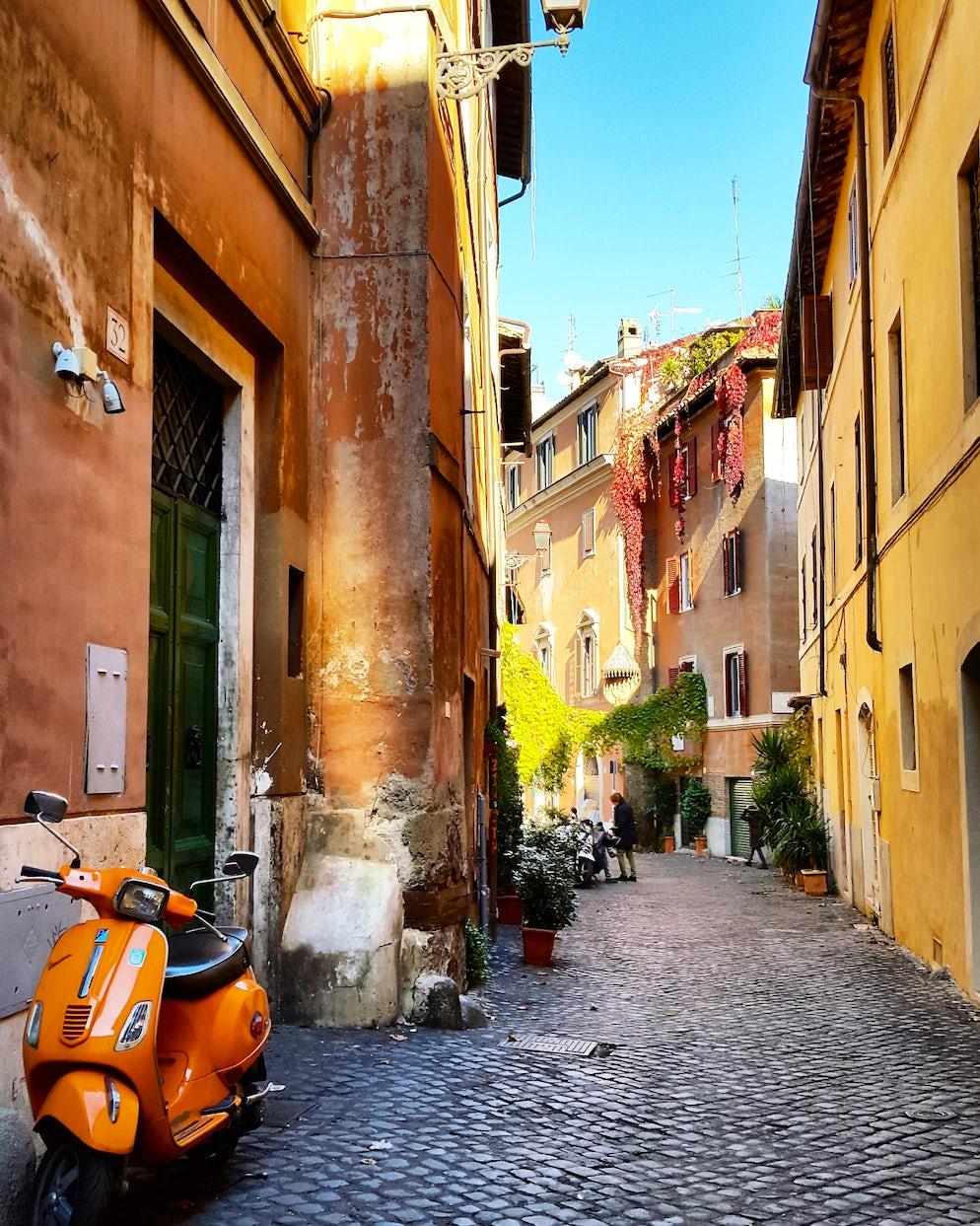 A beautiful corner, Trastevere. Photo © Vy Dan Tran.